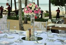 Wedding & Dinner of Kyle and Bethany by The Royal Santrian Luxury Beach Villa