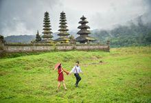 We Step Together by Arimbawa Photo Service