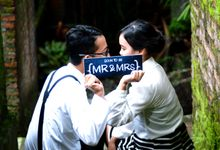 Mr & Mrs by Cowok Pemimpi Creative Works