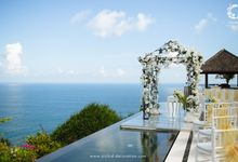 The Sky is the Limit by Orchid Florist and Decoration