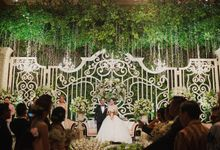 Garden Ballroom Wedding in Jakarta by JUZZON PRODUCTIONS