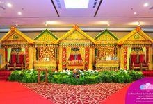 Dekorasi Pelaminan Adat dan Nasional by Vessa Catering