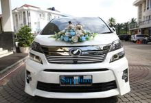 The Wedding of Leigh & Desi by sapphire wedding car