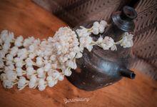 Indi Siraman by gardeniadiary