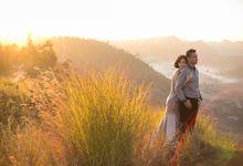 engagement of Joky & Windy by Eka Susila Photography