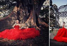 Red Romantic Dress by Etiquette