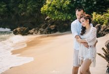 Erwanto and Silvi in Nusa Penida by MOTTOMO PHOTOGRAPHY