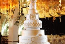 Classic Never Dies by Elly`s Cake Art Boutique