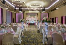 Empress Ballroom Wedding by Carlton Hotel Singapore