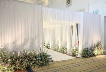 Modern Rustic Wedding Entrance Decoration by SO PRODUCTION THAILAND (EVENT & WEDDING)