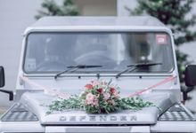 Introducing our Landy by Defender Weddings