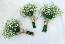 Pure White Hand Bouquet by ADIA
