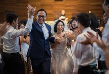 THE WEDDING OF HENDY AND RIEKE by JS Wedding Planner Organizer and Entertainment
