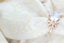 Moonstone Ribbon Ring by GIOIA FINE JEWELLERY