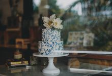 Exquisite and Hand-painted by Winifred Kristé Cake