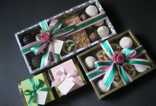 Motifs: Green and Pink by Russian Cookie House