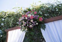 Flower Arrangement by Nyaman Villas