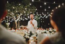 Ayana Bali | Warm & Fuzzy Wedding of Maureen & Denny by ILUMINEN