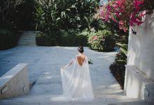 Cathedral Jakarta & The Edge Uluwatu | Duo City Wedding of Julia & Erick by ILUMINEN
