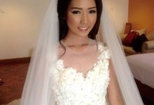 Korean Style Make Up For Fredy & Jeje wedding by Marsia Yulia Signature. Natural and Korean Make Up Specialist.