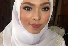 Yuli agustina makeup artis by Yuli agustina makeup artis