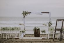 Beach Wedding at The Royal Beach Seminyak by Bali Izatta Wedding Planner & Wedding Florist Decorator