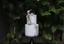 Cracked Concrete and Sweet Pea Vines by Winnie Cake Couture