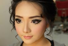 Wedding Makeup by Claudia Rosady Makeup