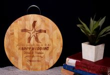 DITA's ENGRAVED CUTTING BOARD by Buna Project