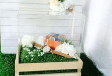 RUSTIC GARDEN BOX by DNY Creative