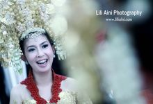 Anjung & Adhetiya Wedding by Lili Aini Photography