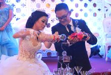 Wedding Ferry & Nely by Woo Photography