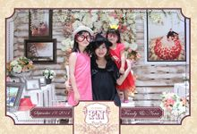 The Wedding of Fandy & Nova by After 5 Photobooth