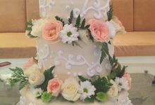 Wedding Cake 2 by Giovani Patisserie