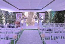 Holly Matrimony by Classy Decor