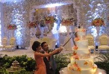 Simon & Tania Wedding Party at Sasana Kriya TMII by RR CAKES