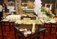 Food and buffet by Grand Tjokro Hotel Bandung