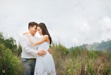Prewedding And Wedding Photography by Onemotion Photography