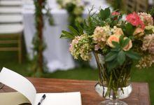 Li and Steve Clifftop Wedding Uluwatu by Harperco Events