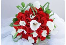 red & white theme by Rossely's Florist