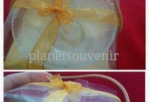 Aneka souvenir kaca by Planet Souvenir