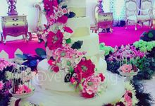 Wedding Cakes by Velvet Cake