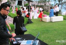 Sebastien & Emme Wedding by Music For Life - Wedding DJ