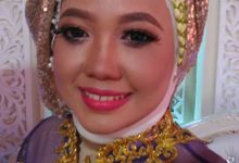 make up servise by Nikma Rosida MUA