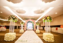 Glamour and lovely nature by Joelle Decoration