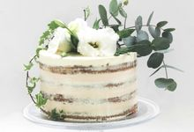 Party Cake - Semi Naked Rustic Cake by Lareia Cake & Co.