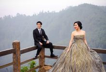 Iswandi & Liena Prewedding session by PhiPhotography