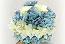 Wedding hand bouquet by Love Flower