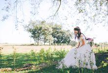 Rustic Wedding by The Wedding Barn Gallery