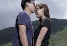 Ronnie & Zong Yan by Banyucindih Creative
